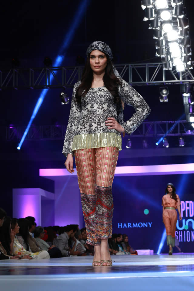 2015 PFDC Sunsilk Fashion Week Harmony Summer Colleciton Images