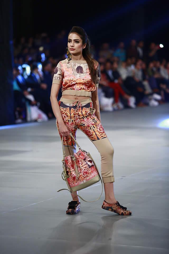 Mahgul Collection PFDC Sunsilk Fashion Week 2016 Pics
