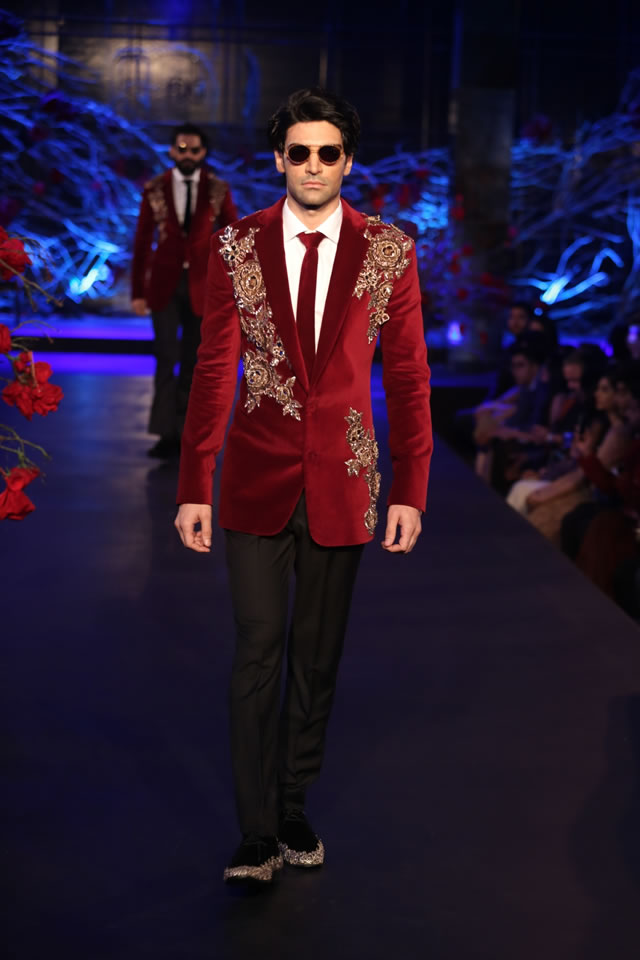 2015 Amazon India Couture Week Manish Mahotra Summer Collection Images b7fba677a