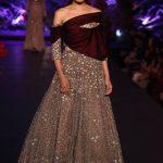 2015 Manish Mahotra Dresses Pics