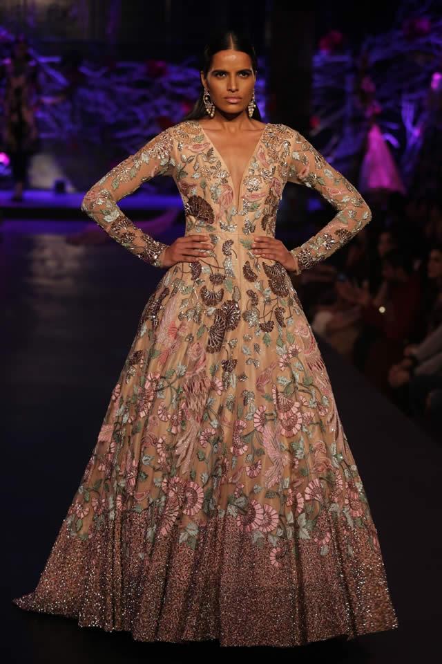 2015 Manish Mahotra Dresses Collection Images. Manish Malhotra Bridal Amazon  India Couture Week 2015 f17bb459e
