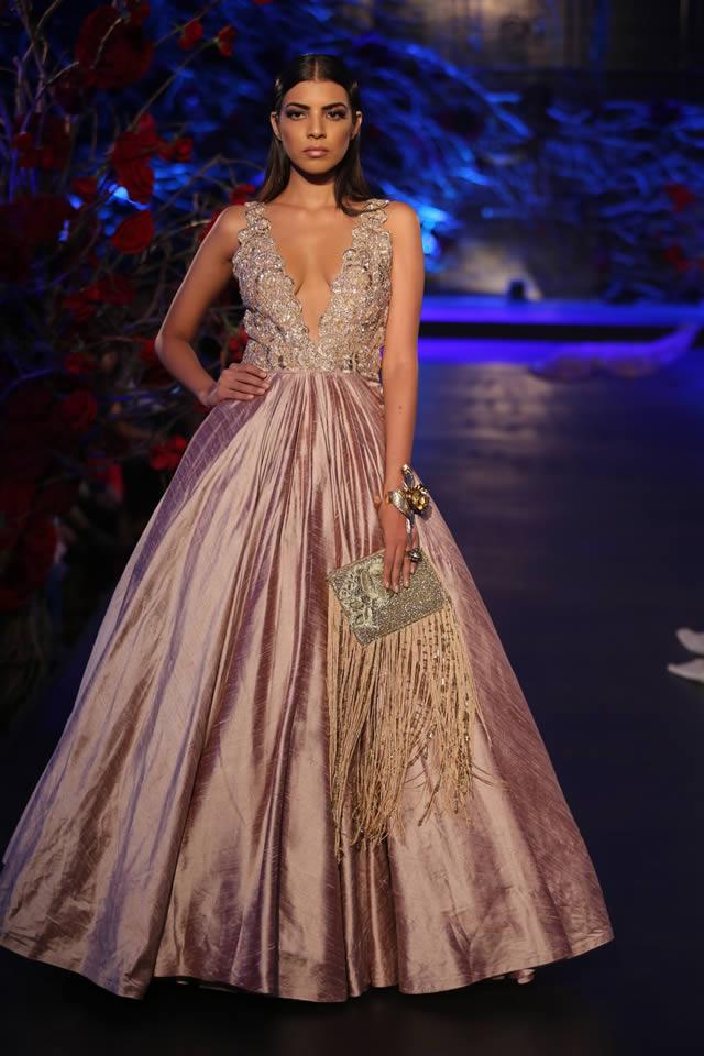 Fashion Designer Manish Mahotra Collection Amazon India Couture Week 2015