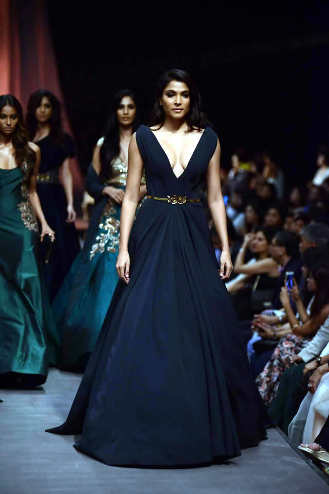 Lakme Fashion Week WF 2015 Manish Malhotra Dresses Gallery