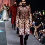 Fashion Designer Manish Malhotra Dresses Collection 2015 Picture Gallery