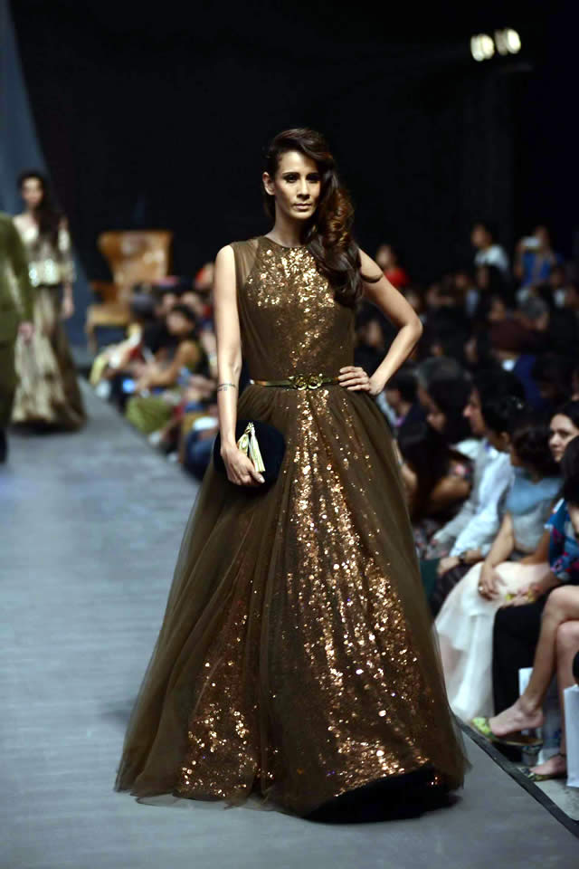 2015 Lakme Fashion Week WF Manish Malhotra Dresses Gallery