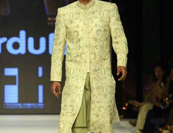 Nauman Arfeen Dresses at Fashion Pakistan Week 2015