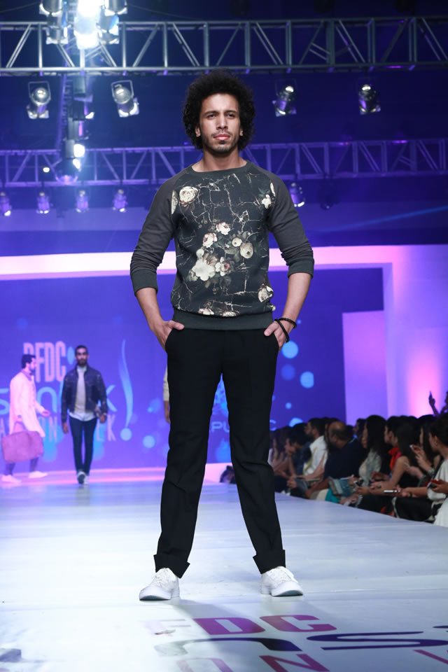 REPUBLIC BY OMAR FAROOQ AT COLLECTION PFDC Sunsilk Fashion Week 2015