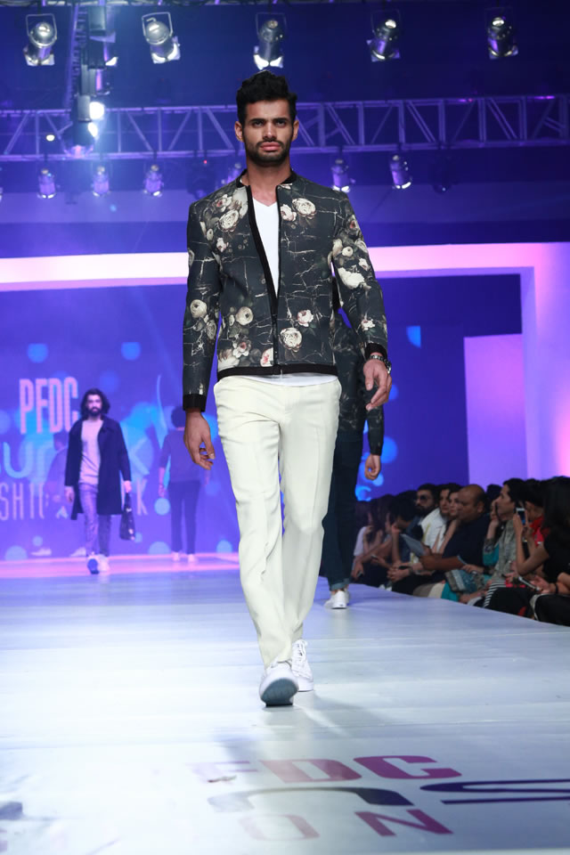 2015 REPUBLIC BY OMAR FAROOQ AT COLLECTION PFDC Sunsilk