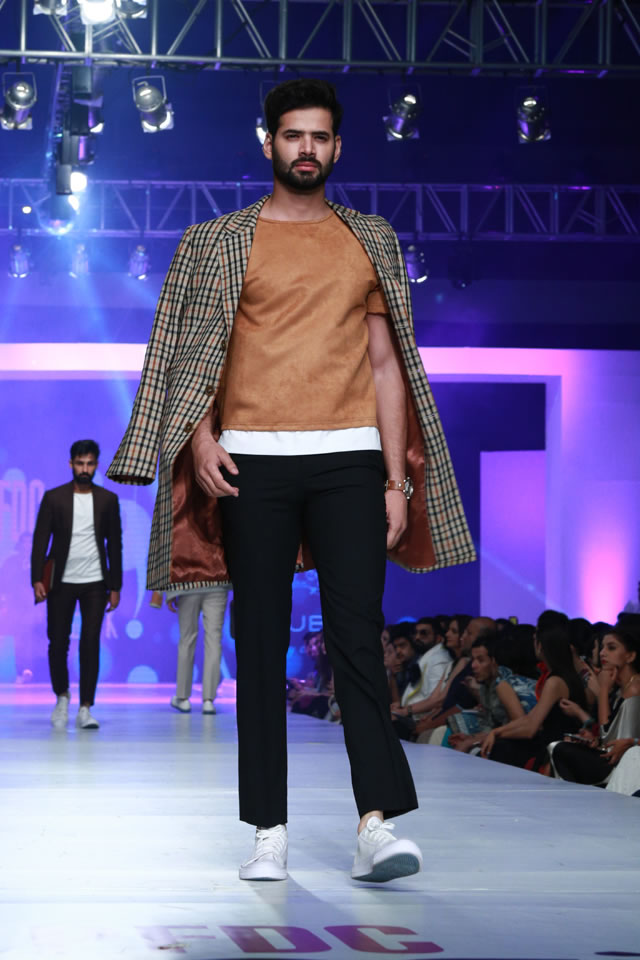 REPUBLIC BY OMAR FAROOQ AT COLLECTION PFDC Sunsilk Fashion Week