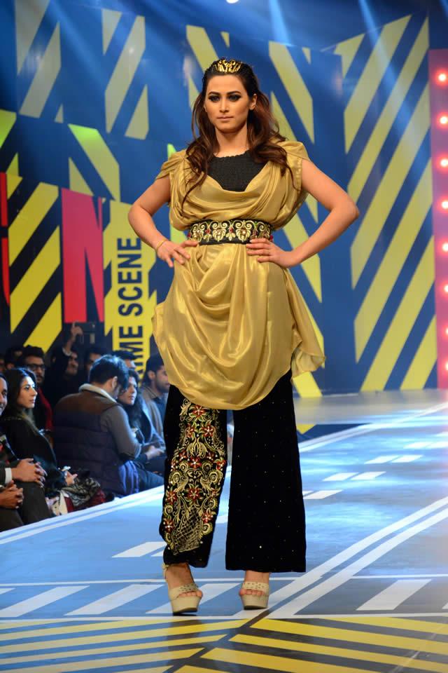 2016 Runway Pakistan Saira Rizwan Dresses Gallery