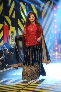 Saira Rizwan Latest Dresses at Runway Pakistan 2016