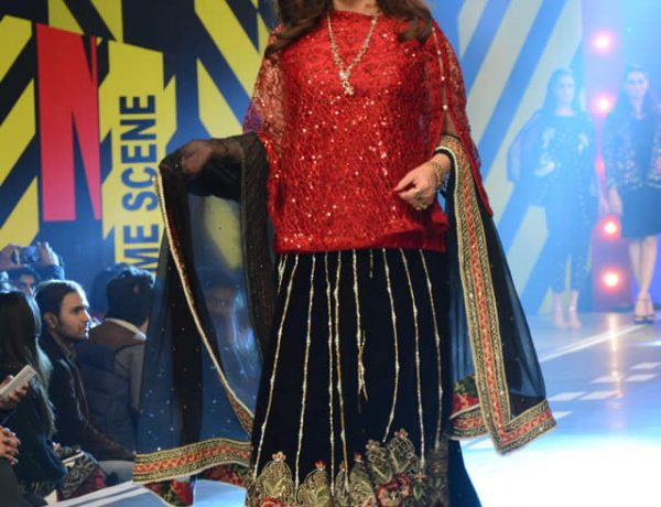 Saira Rizwan Latest Dresses at Runway Pakistan 2016