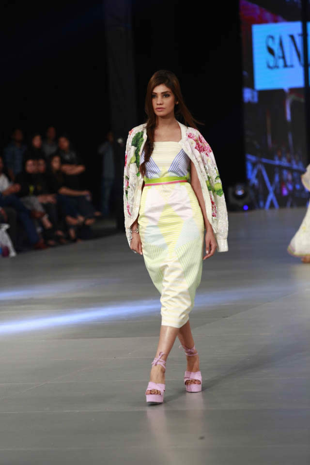2016 PSFW Sana Safinaz Collection Photo Gallery