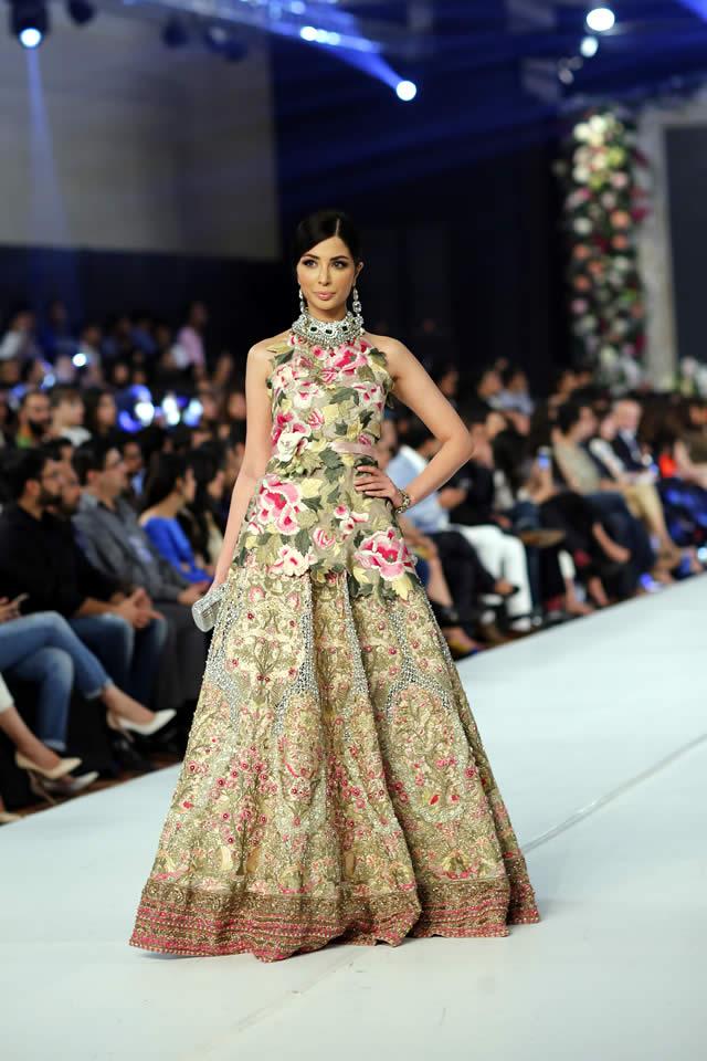 Fashion Designer Sana Safinaz Dresses Collection Photos