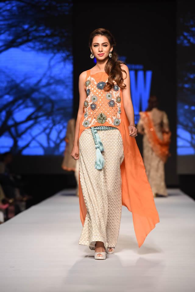 Sanam Chaudhri Latest Dresses 2015