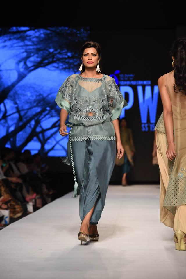 Sanam Chaudhri Telenor Fashion Pakistan Week