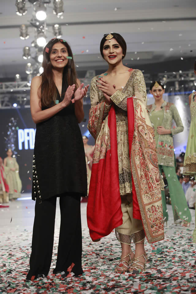 Fashion Designer Shamsha Hashwani Dresses Collection Photos