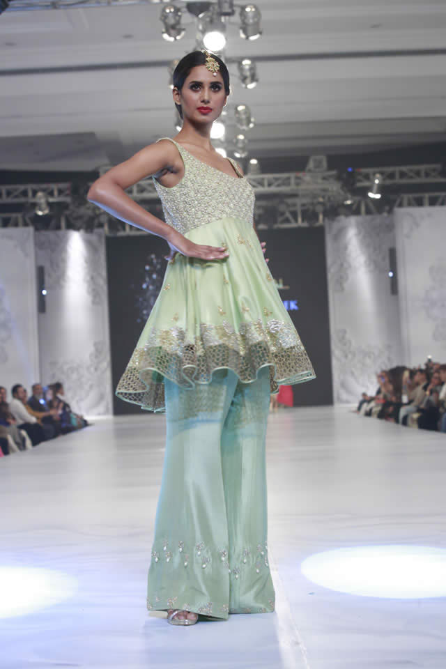 2016 Shamsha Hashwani Dresses Pics