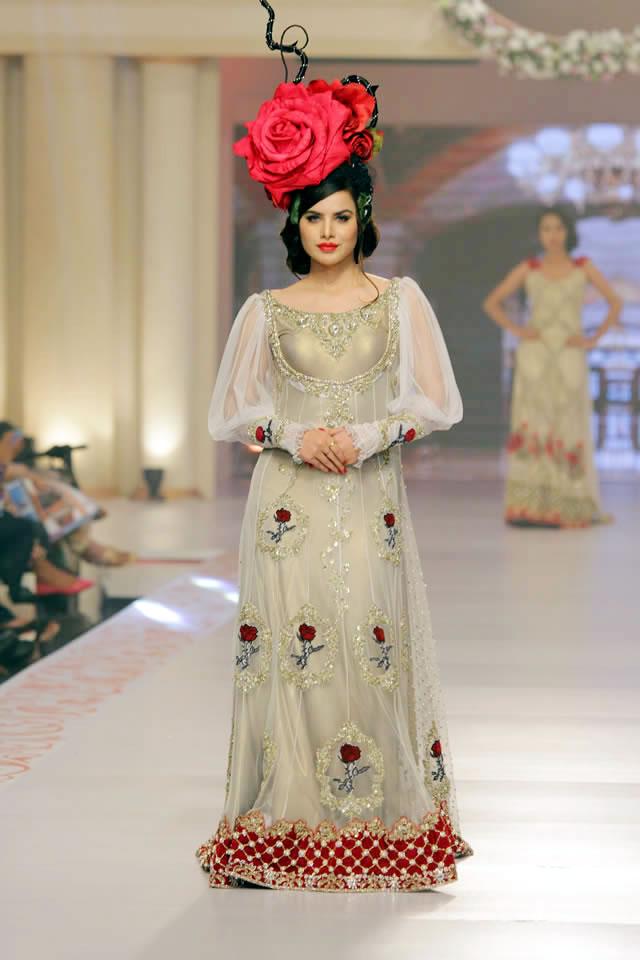 Tabassum Mughal Pakistani Fashion Designers