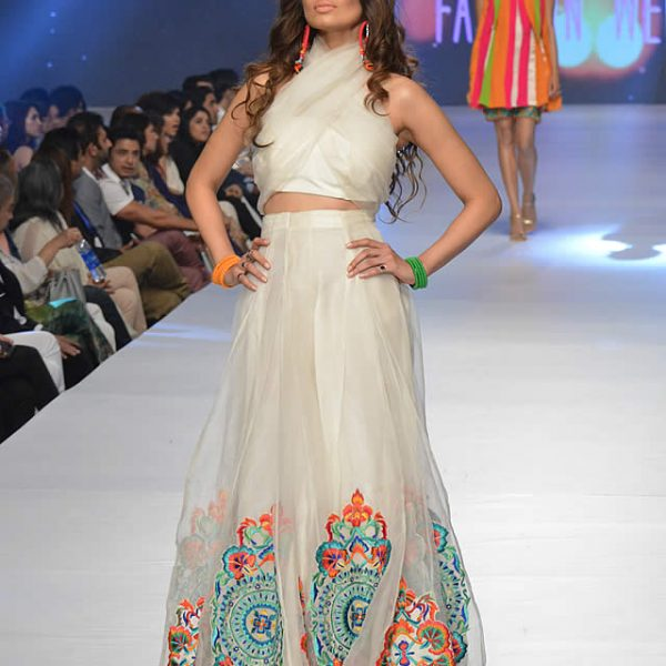 Teena by Hina Butt Collection at PFDC Sunsilk Fashion Week 2015