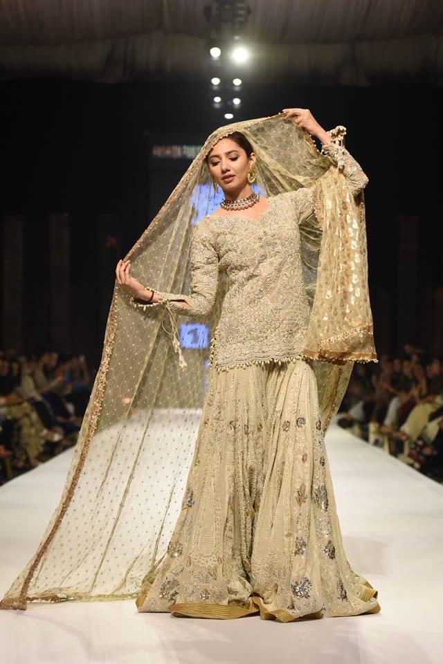 Umar Sayeed Collection Fashion Pakistan Week WF 2015 Pics