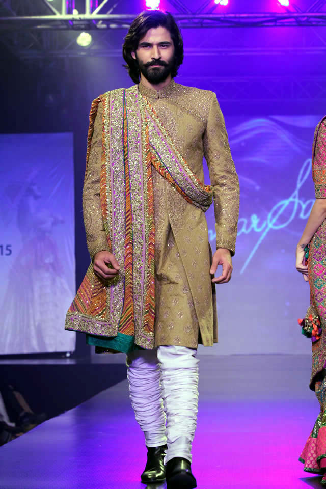 2015 Shaan-e-Pakistan Fashion Show Umar Sayeed Formal Collection Pictures