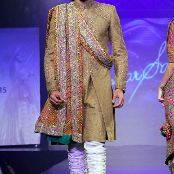Umar Sayeed Shaan-e-Pakistan Fashion Show 2015