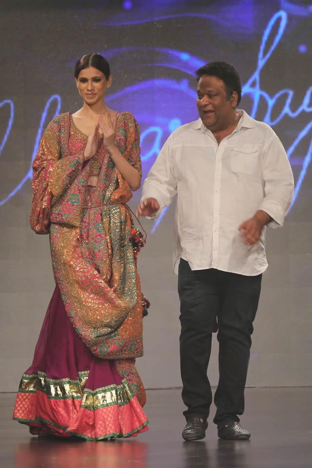 Shaan-e-Pakistan Fashion Show 2015 Umar Sayeed Dresses Gallery