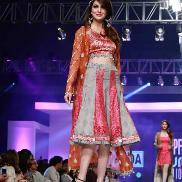 Warda Prints Collection at PFDC Sunsilk Fashion Week 2015