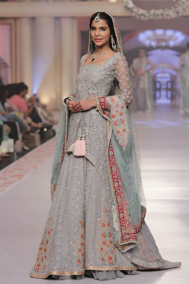 5cfcebbd29 Zainab Chottani TBCW Summer Dhanak Bridal Wear Collection