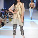 Zonia Anwaar PFDC Sunsilk Fashion Week collection 2015 Photos