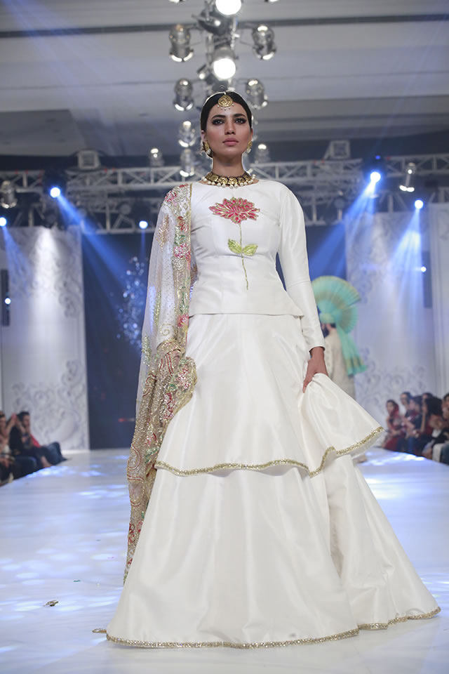Loreal Paris Bridal Week 2016 Ali Xeeshan Latest Dresses Picture Gallery