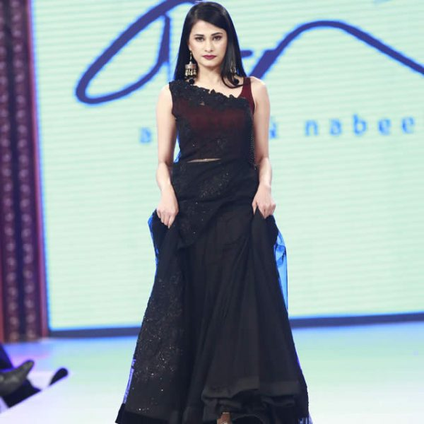 Asifa and Nabeel Dresses at Shaan e Pakistan 2016