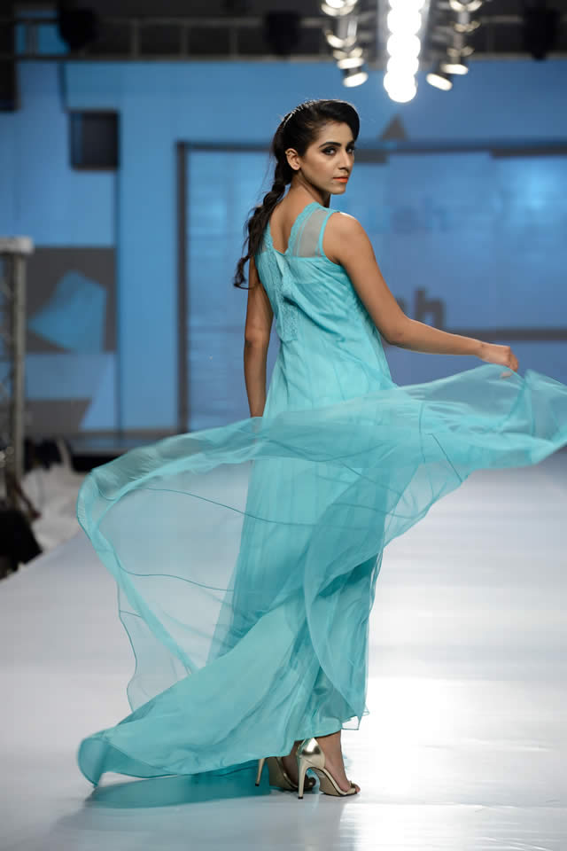 Nayna Fashion Show Dresses collection 2016 Images