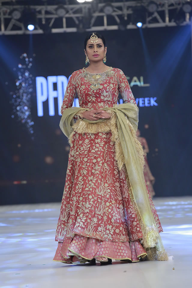 Loreal Paris Bridal Week 2016 Zara Shahjahan Formal Collection Pictures