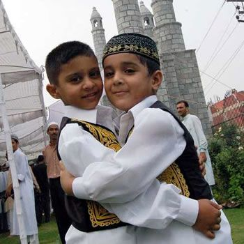 Eid-ul-Fitr Celebration Guidelines For Your Kids