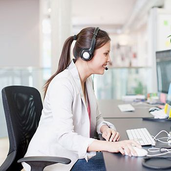 Ways To Stay Comfortable At Your Work Desk