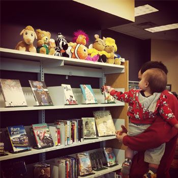 Building Kid's First Library - 10 Must Have Books