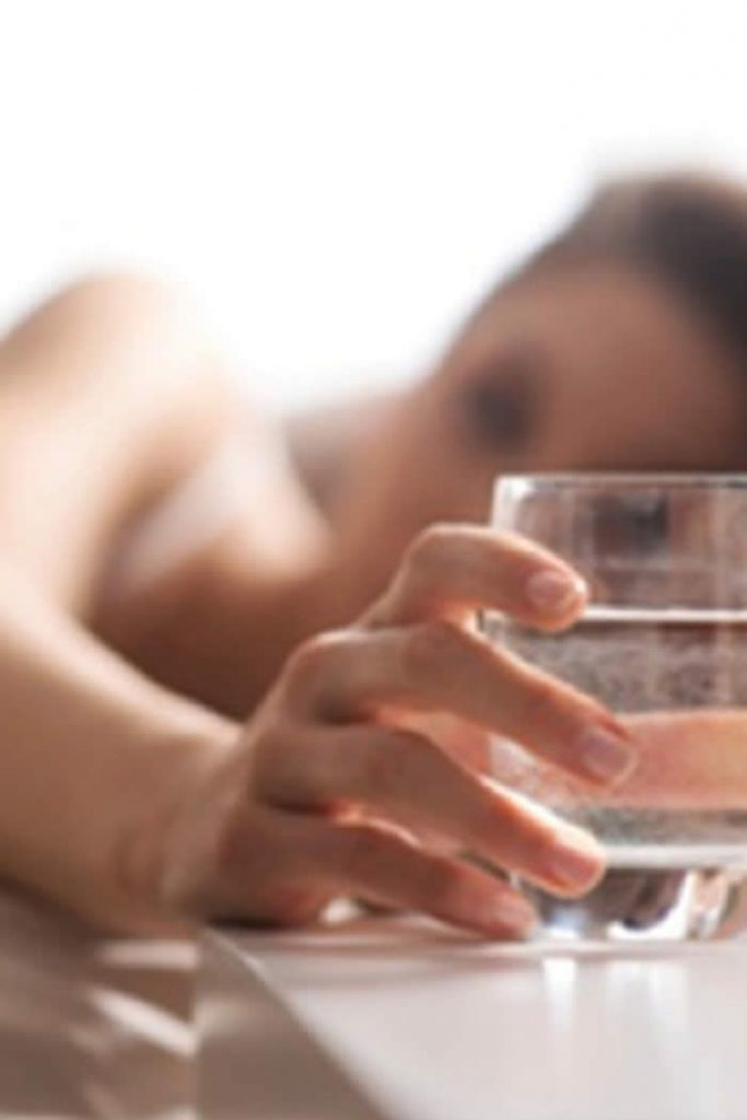 Benefits of Drinking Water Early Morning