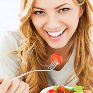 How To Be Healthy In Summer By Eating Salad
