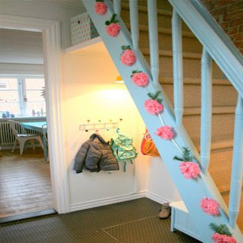 How to Decor Your Stairs In Summer
