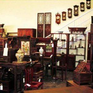 Timeless Antique Pieces for Home Decor