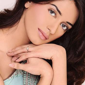 Iman Ali, Famous Female Pakistani Fashion Models