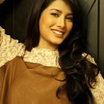 Mehwish Hayat Latest Pics 2013