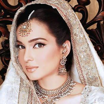 Aaminah Haq Pakistani Fashion Model, Top Pakistani Fashion Models