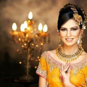 Fouzia Aman - Pakistani Fashion Model