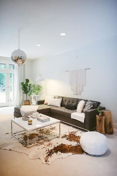 10 Ideas For Decorating With Cowhide Rugs