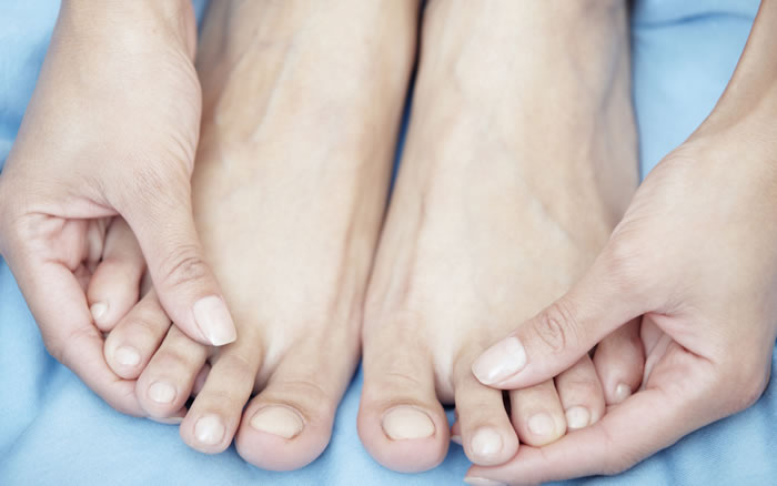 How to DIY a foot spa at home
