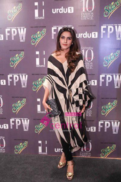 Fashion-Pakistan-Week-2017-18