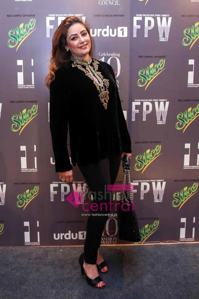 Fashion Pakistan Week 2017 - Red Carpet